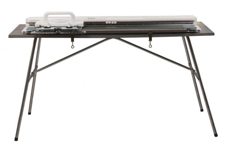 stalas-mezgimo-masinai-1