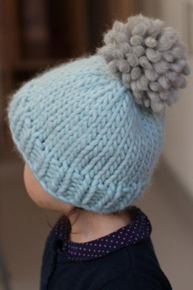kepurė mezgimas
