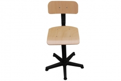 Kėdės siuvėjoms ir vežimėliai